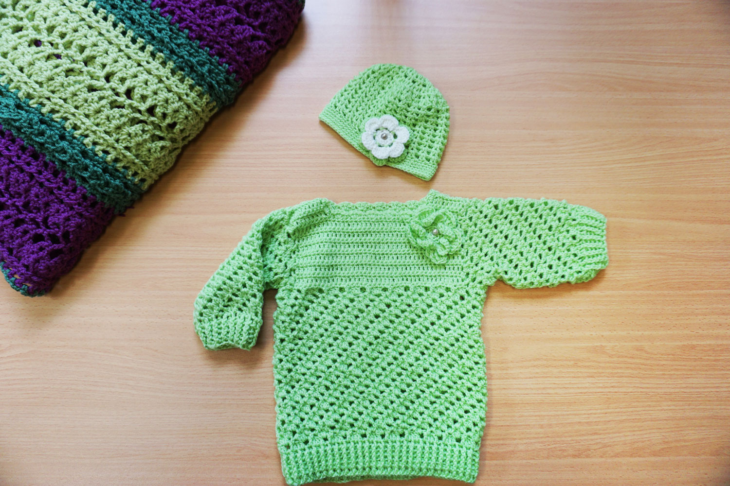 Colourful crocheted lime green jumper measures chest